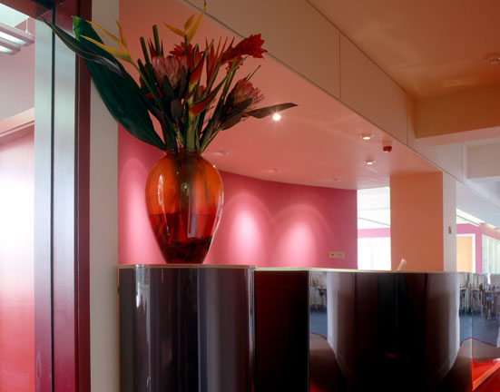 High Gloss Reception Desk Vase